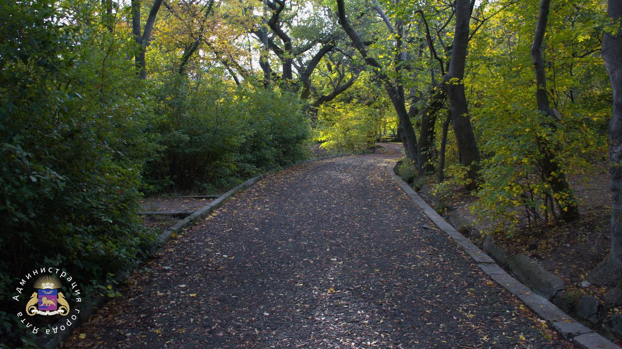 Сквозной проход из верхней части пгт Гаспра в нижнюю обеспечен через парк «Ясная поляна»