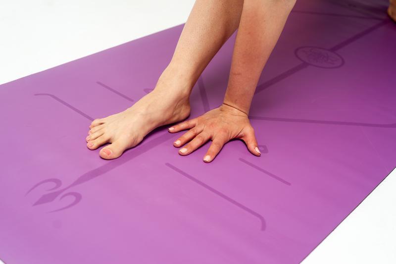 Как правильно выбрать коврик для йоги