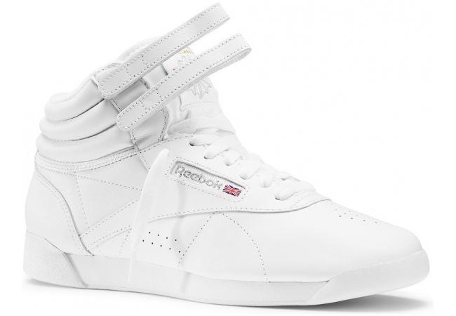 Недорогие женские кроссовки для спорта и на каждый день
