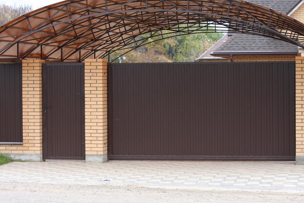 Вопрос ворот для забора и гаража