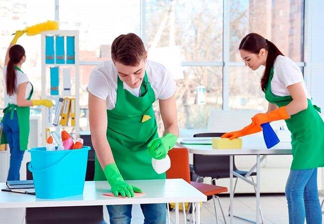 Прибирання приватного будинку, котеджу в Києві – довірте нам питання чистоти!