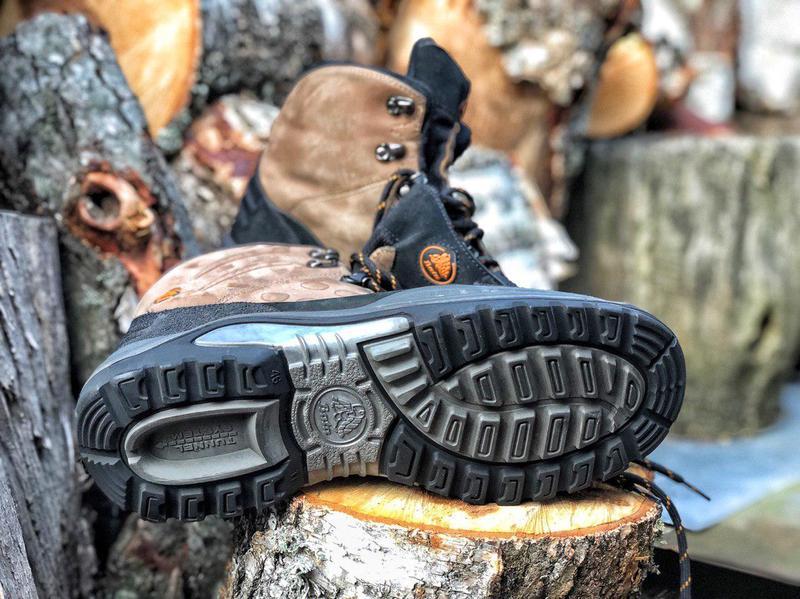 Качественные ботинки и сапоги для защиты сотрудников