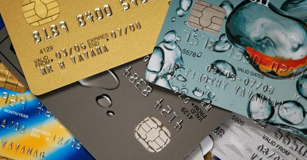 Банковские кредитные карты. Что это такое и где оформить?