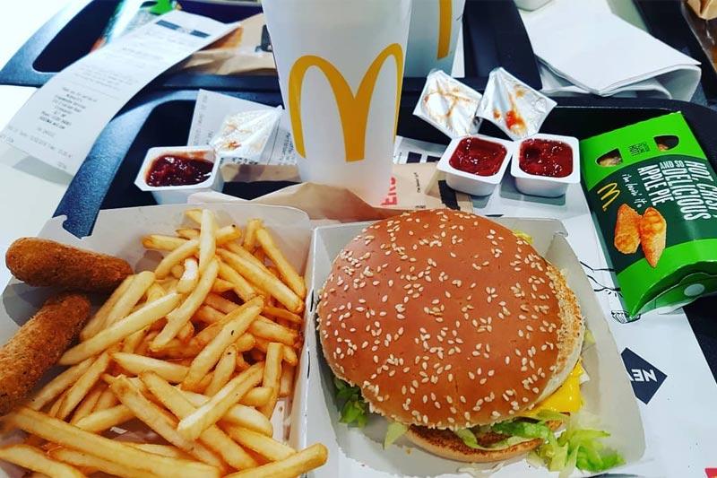 Макдональдс (Макдак) – один из ресторанов общественного питания